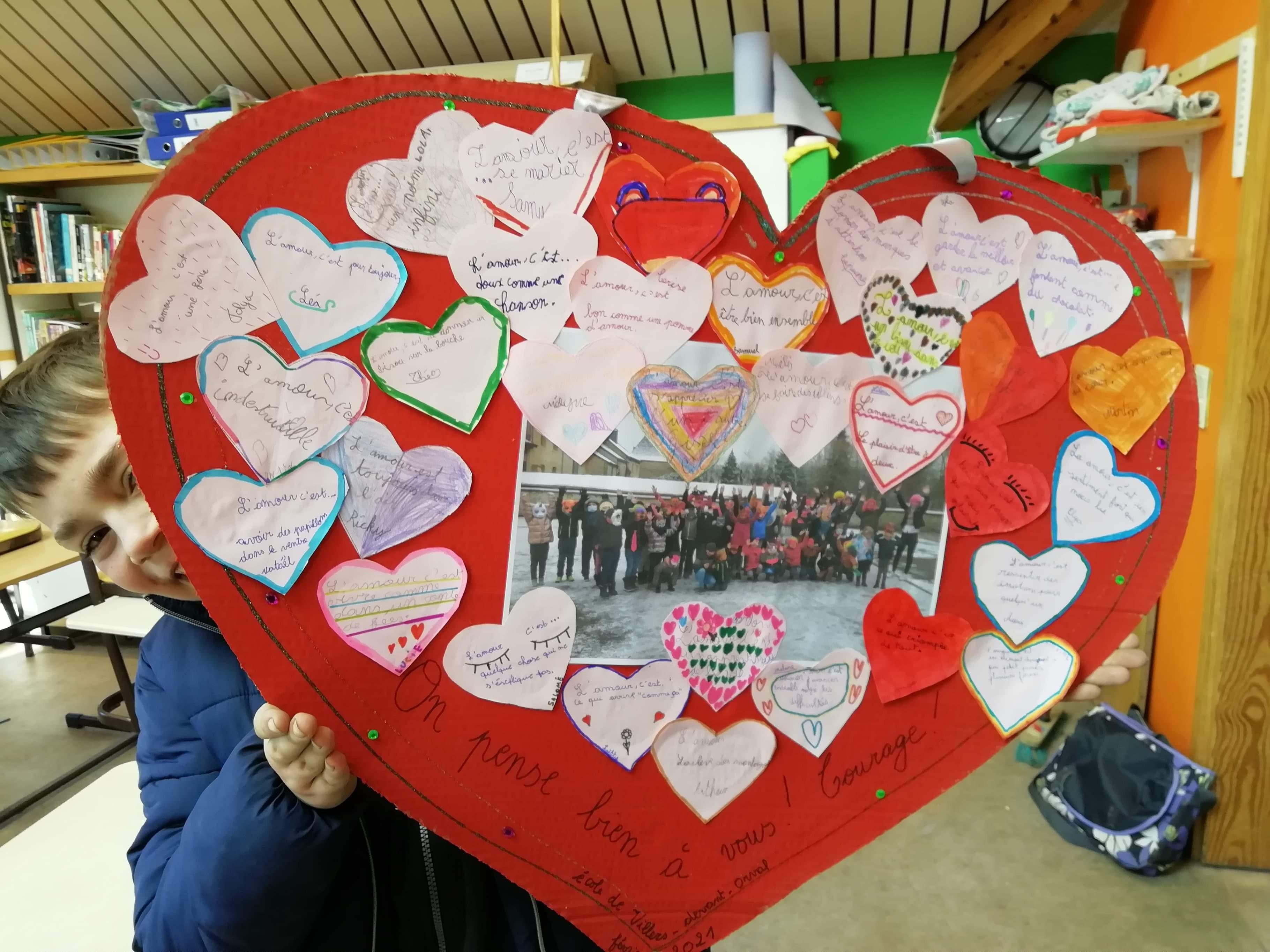 Coeur St Valentin avec photo des enfants déguisés